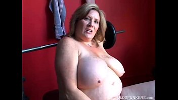 mature bbw demon sucking cock licks mature blondes armpits